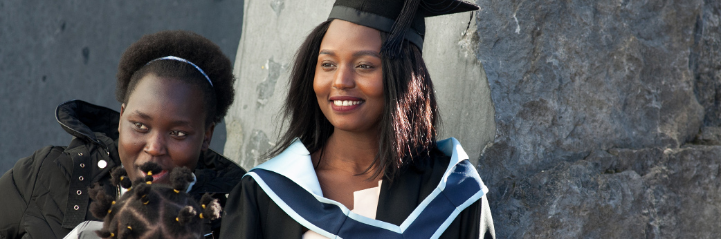 Bachelor of Business (Honours) Business with Law CW938
